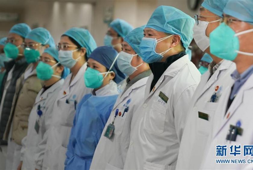 Seis médicos se suman a los casi 1.400 muertos por coronavirus en ...